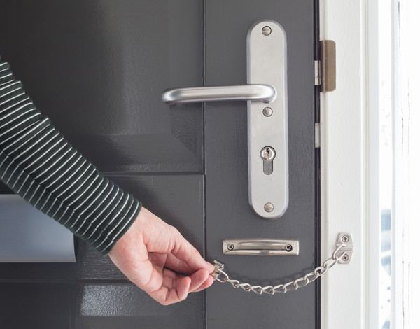 二重鍵・ドアチェーンのイメージ